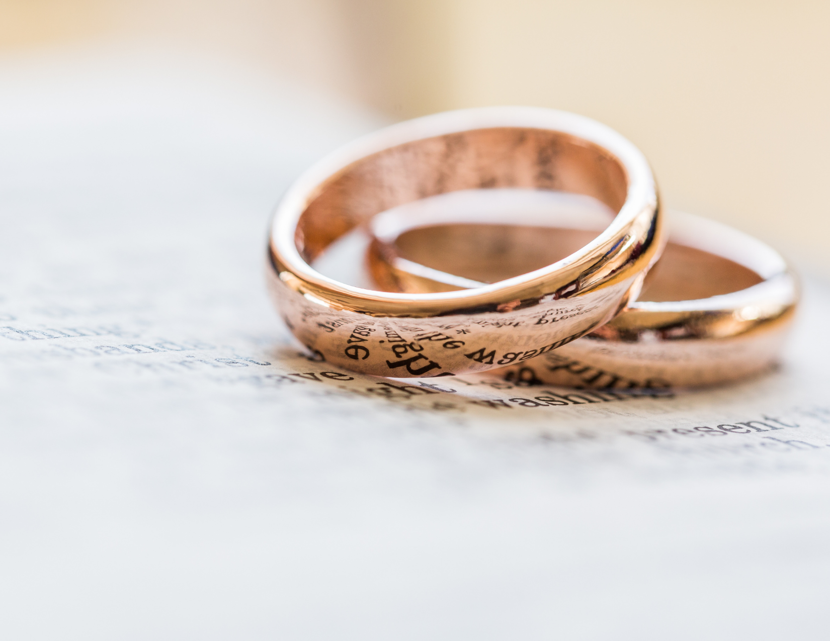 Understanding the Similarities and Differences Between Common-Law Relationships and Marriages
